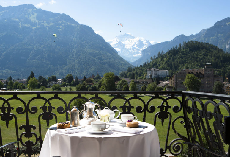 Gipfel, Gourmet und Grandezza –  Wie sich die Schweiz als moderne Destination für Wellness und Natururlaub im Luxussegment neu etabliert